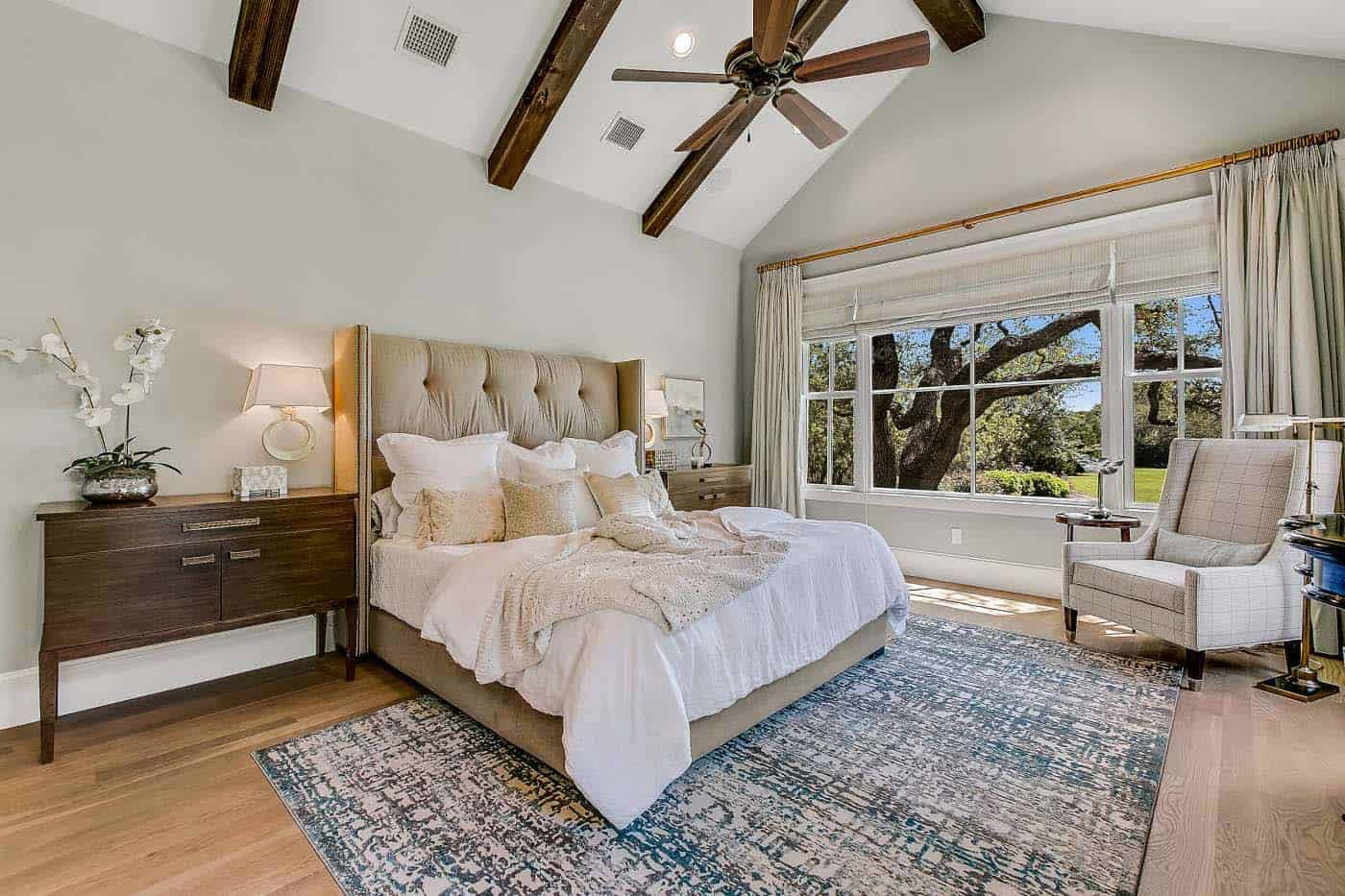 french-country-transitional-bedroom