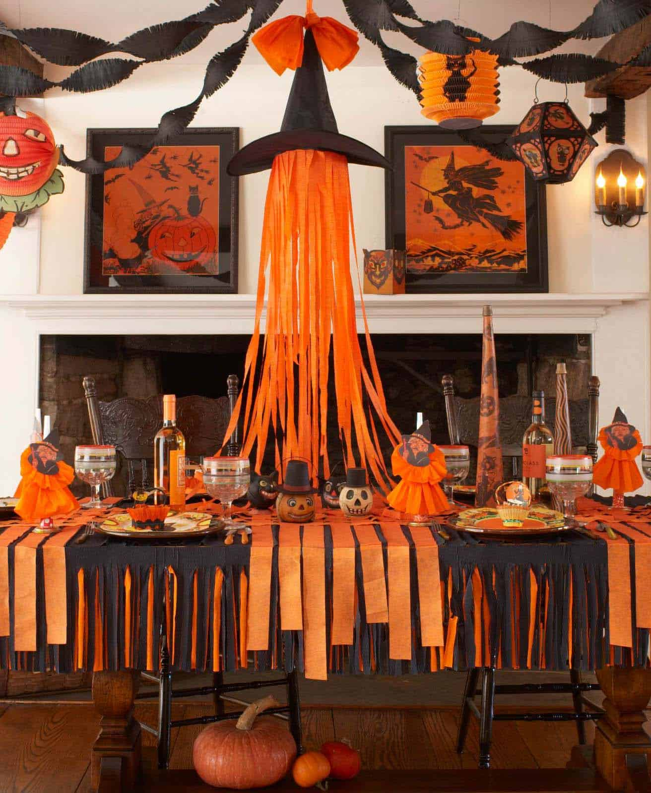 20+ Hauntingly Beautiful Table Centerpiece Ideas For Halloween