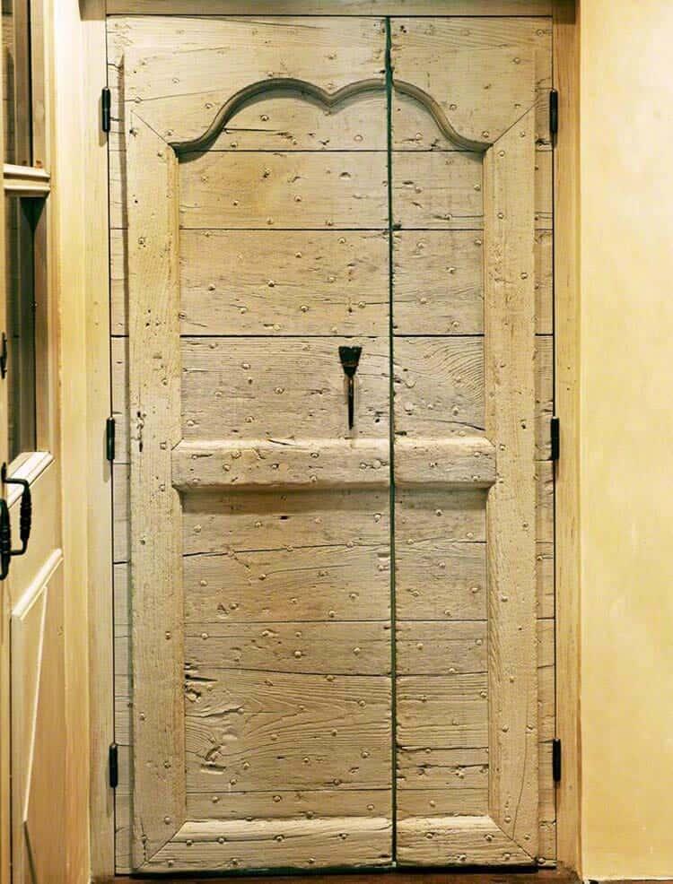 mediterranean-style-door