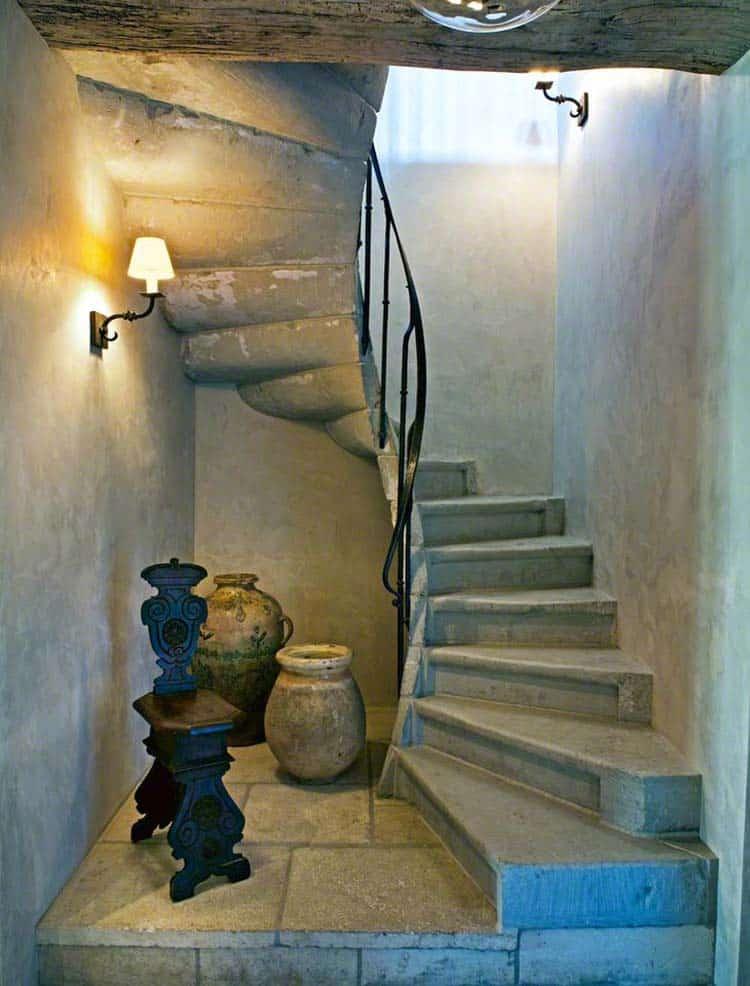 mediterranean-staircase