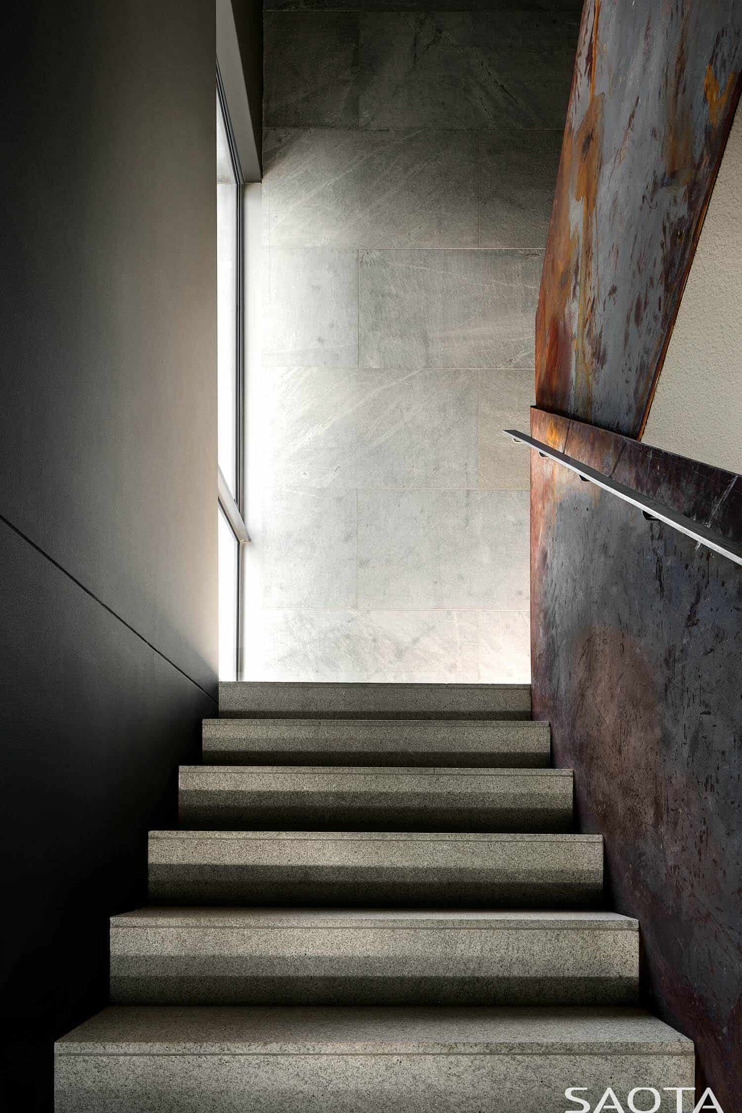 modern-home-staircase