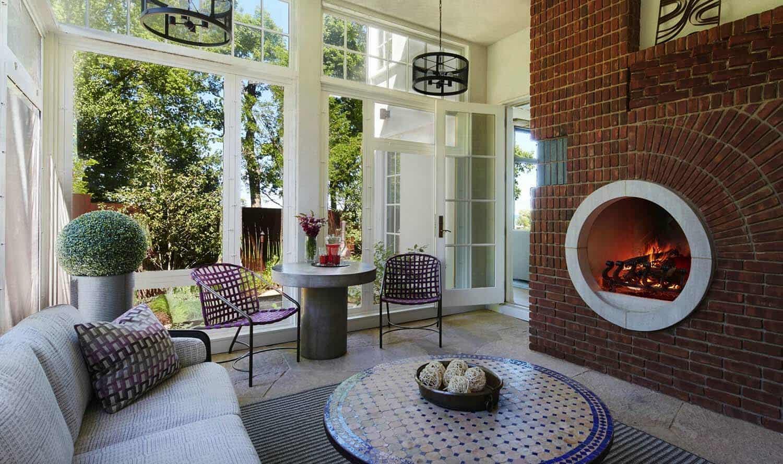 modern-lake-house-sunroom