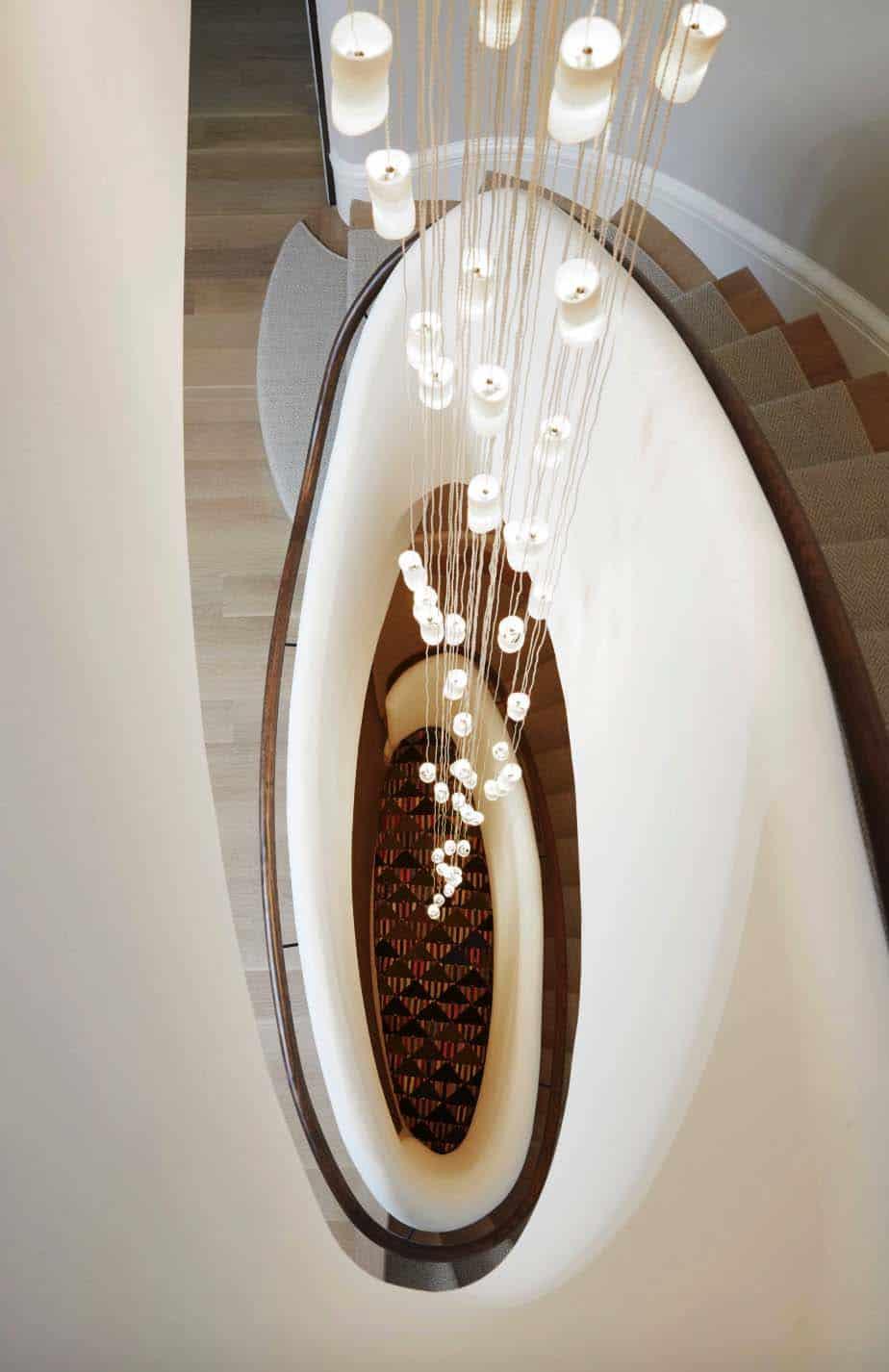 modern-lake-house-staircase