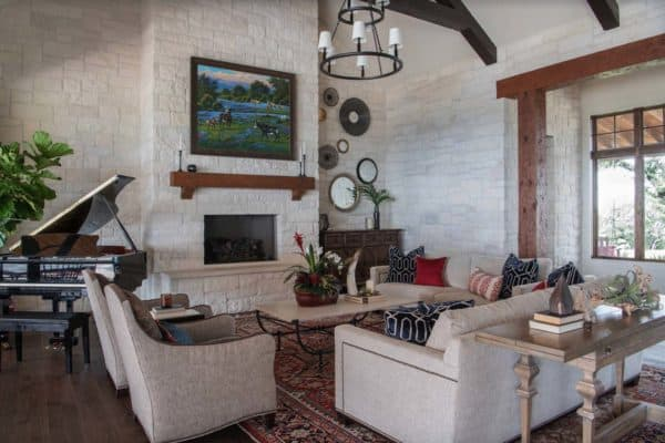 featured posts image for Delightful hilltop ranch house embraces the Texas Hill Country style