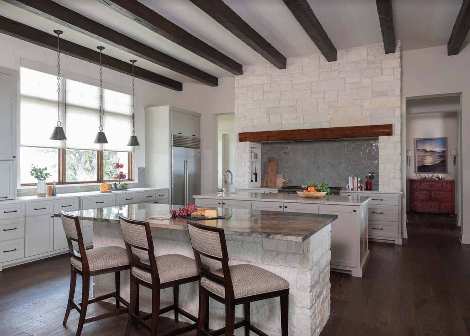 hill-top-ranch-kitchen