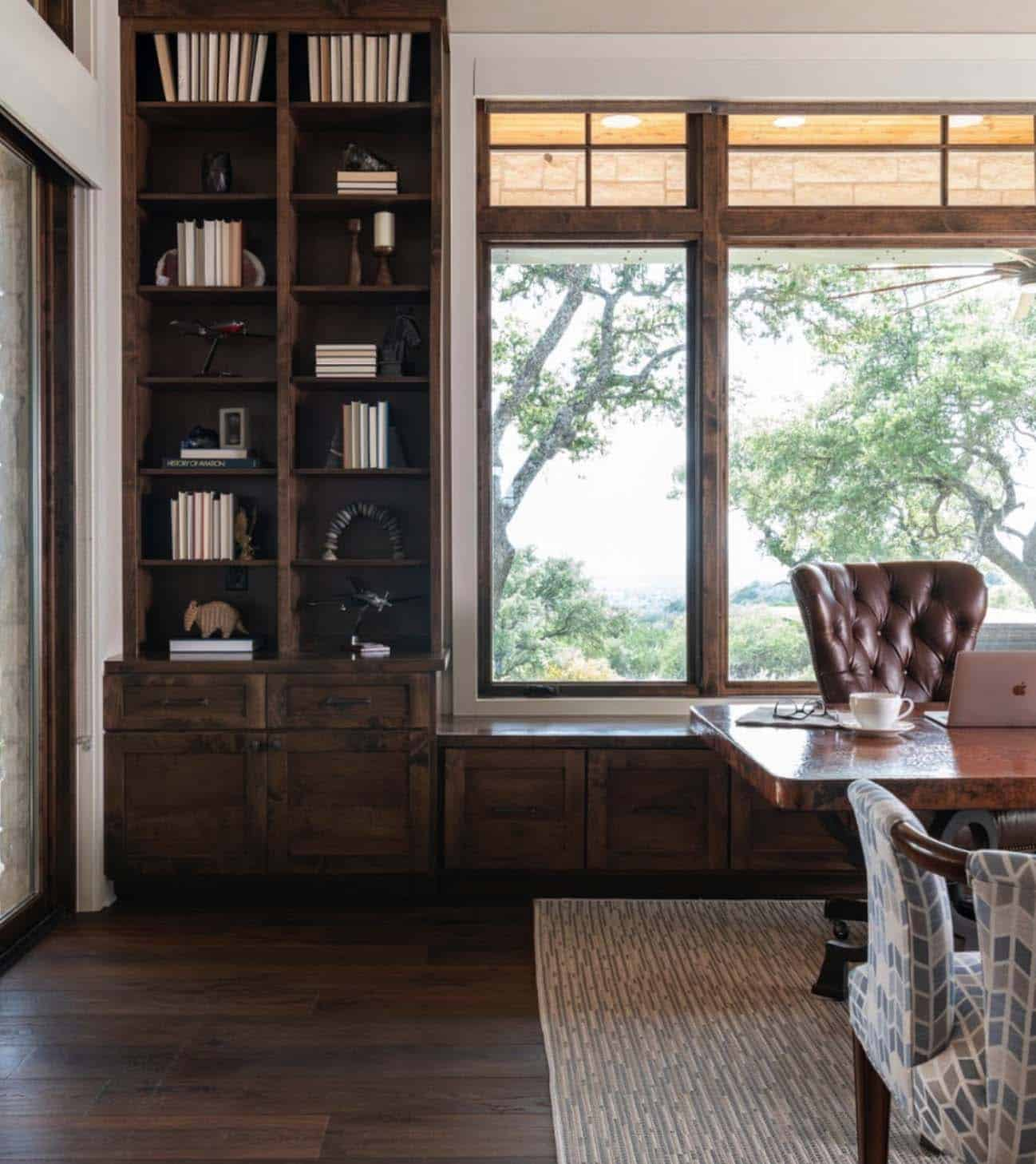 hill-top-ranch-home-office