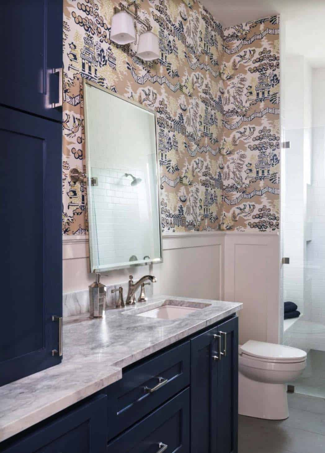 hill-top-ranch-transitional-bathroom