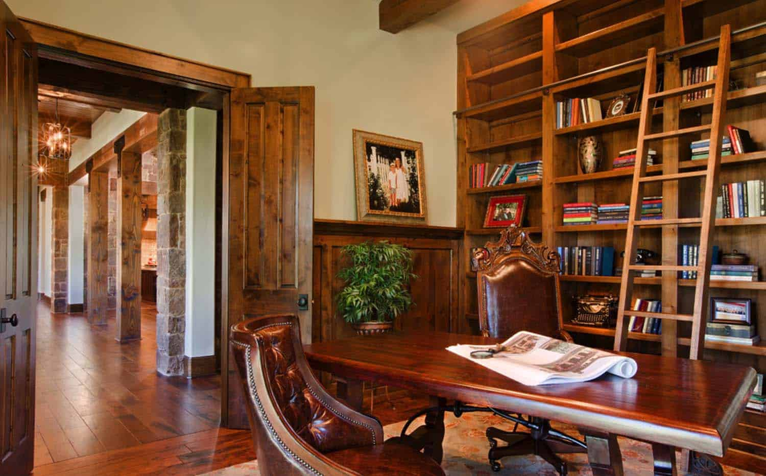 rustic-hill-country-home-office