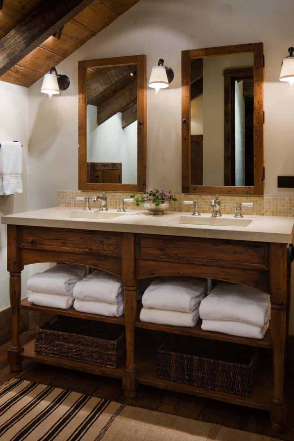 rustic-mountain-home-bathroom