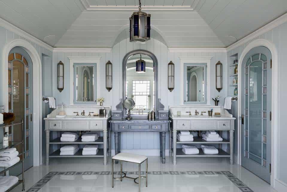 beach-house-bathroom