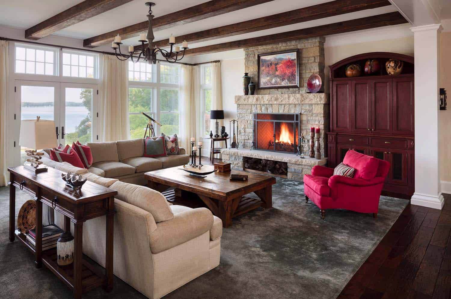 shingle-style-home-beach-style-family-room