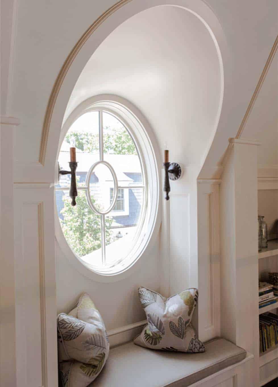 traditional-window-seat