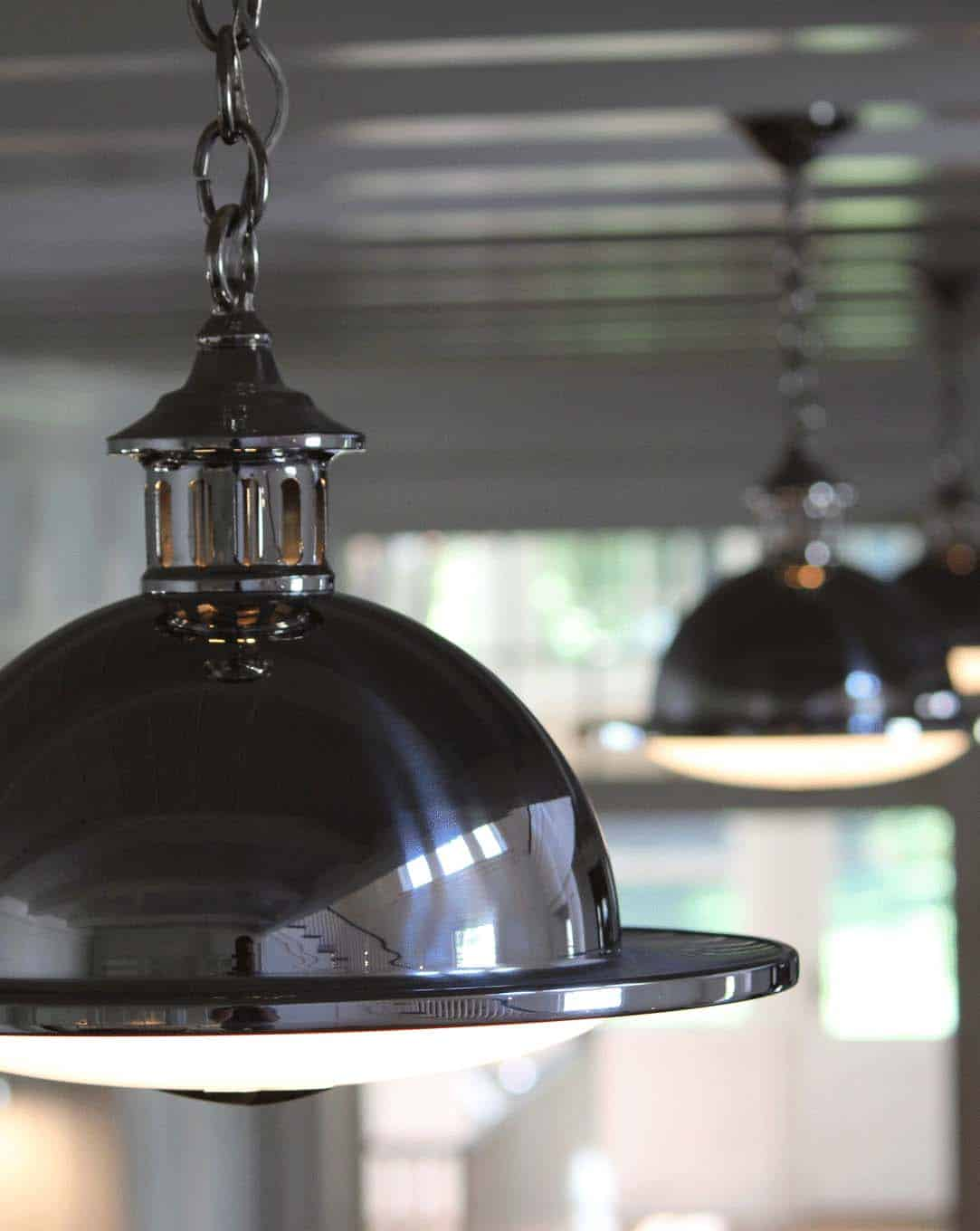 traditional-light-fixture