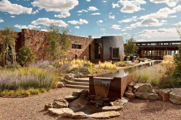 featured posts image for Eco-friendly desert retreat nestled into a hillside overlooking Santa Fe