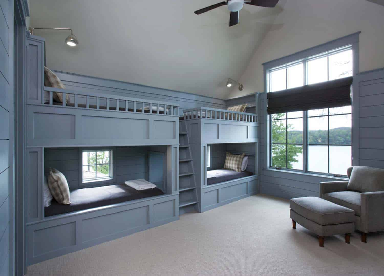 waterfront-house-traditional-kids-bunk-bedroom