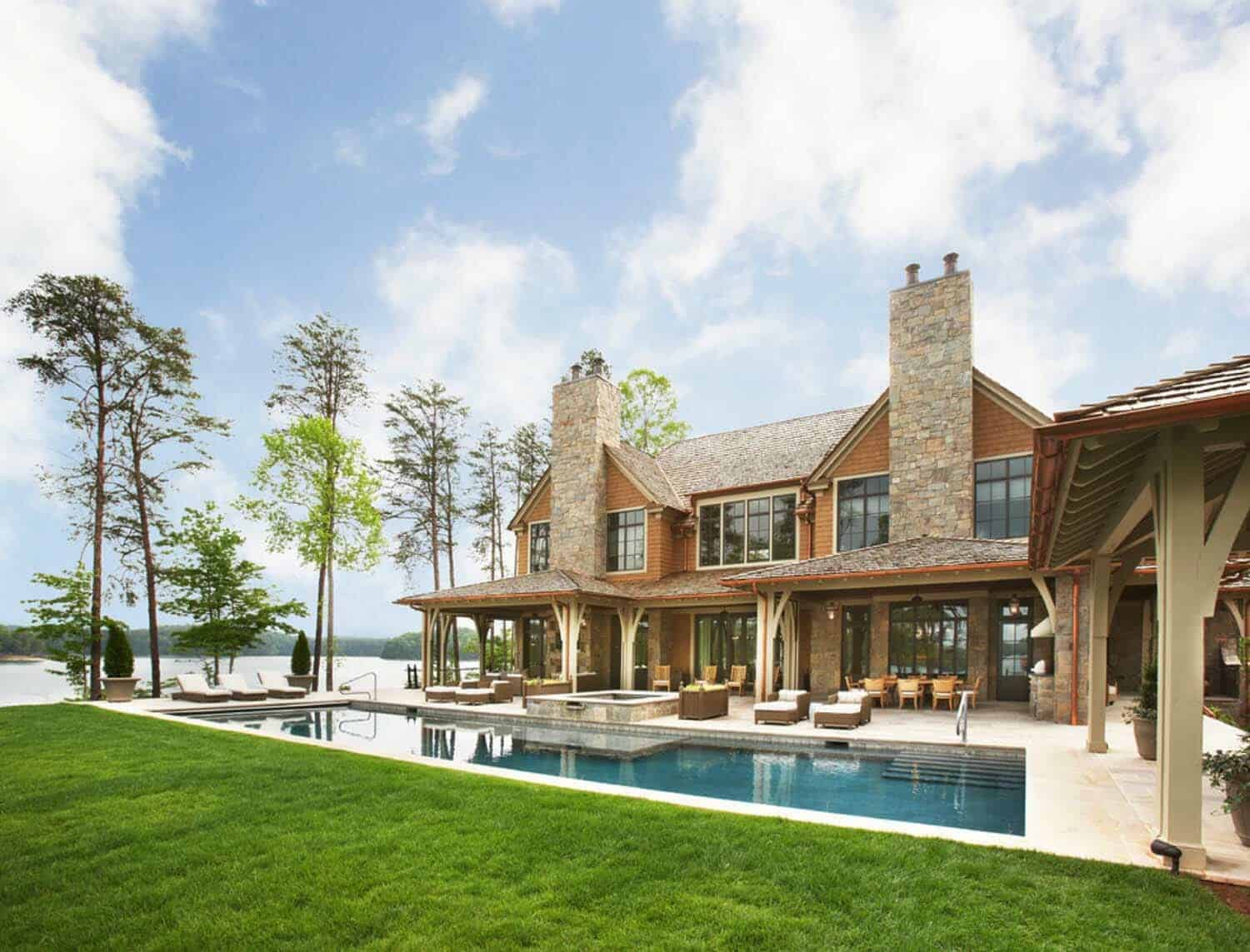 waterfront-house-traditional-pool