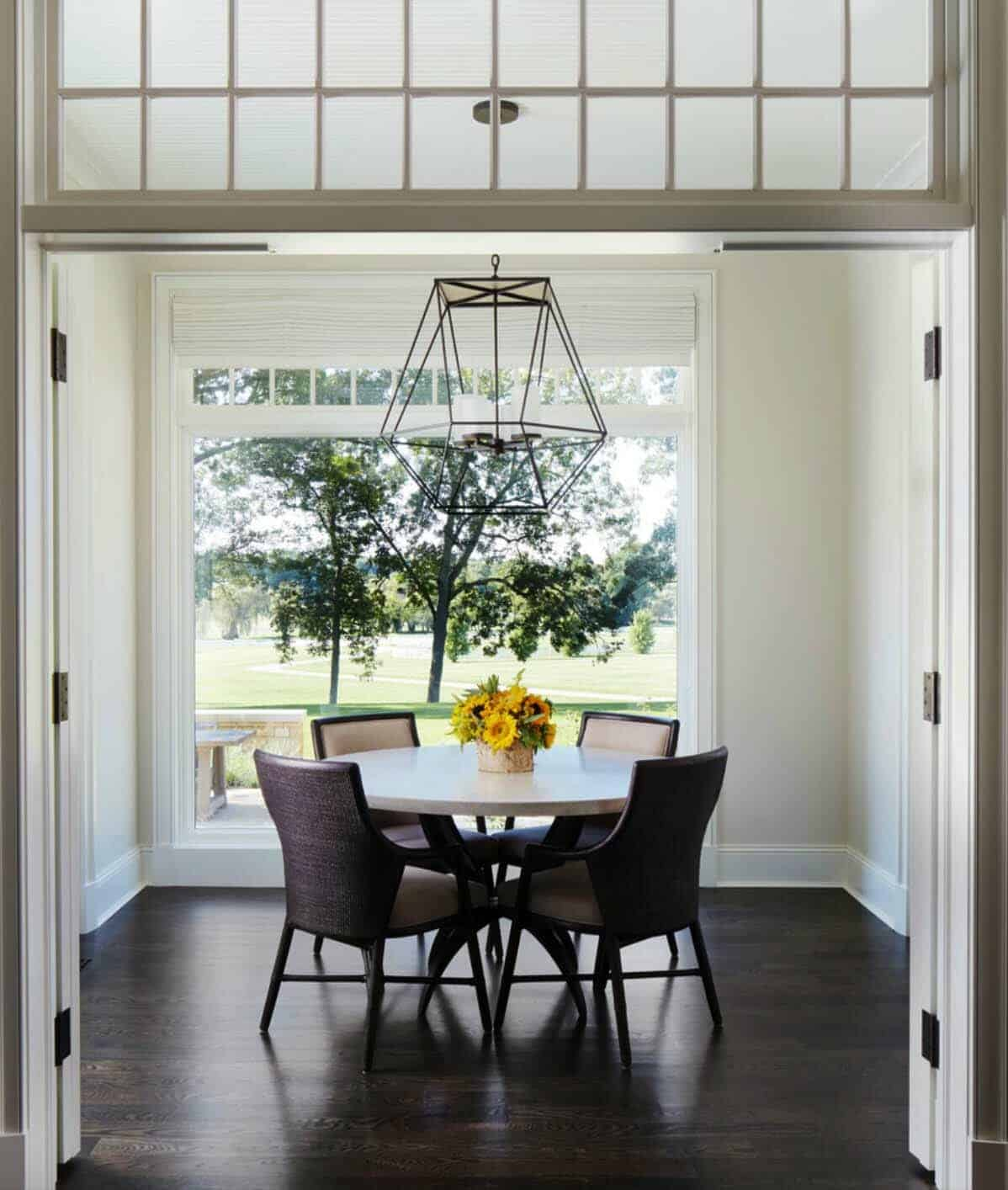 shingle-style-home-dining-room