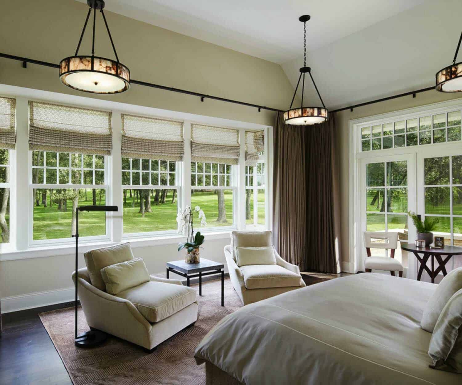 shingle-style-home-bedroom