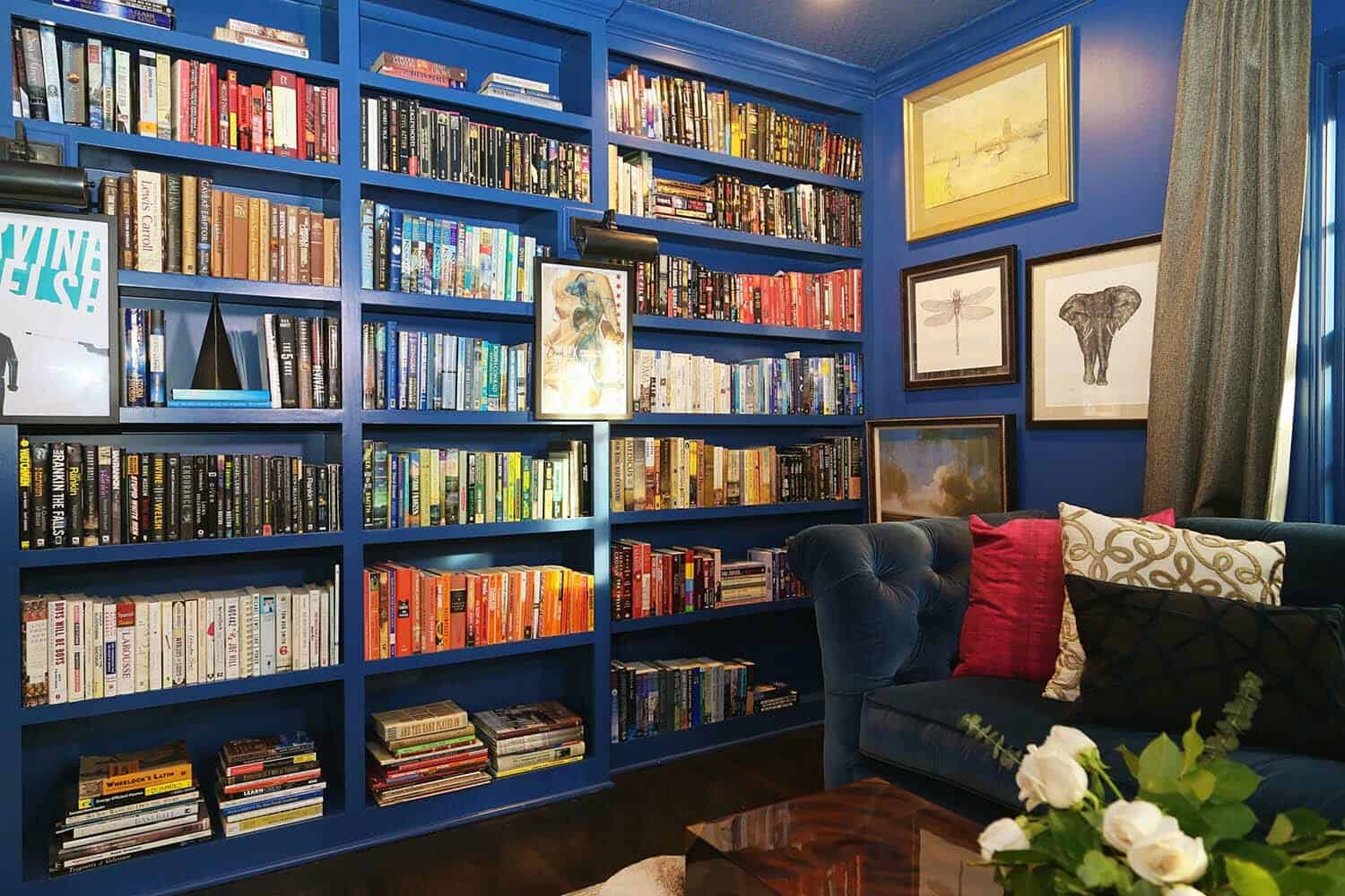 transitional-style-home-library