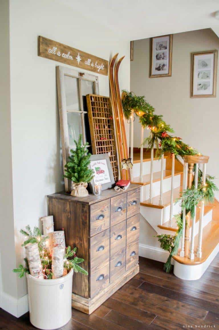 christmas-decorated-entryway-tree-farm-inspired