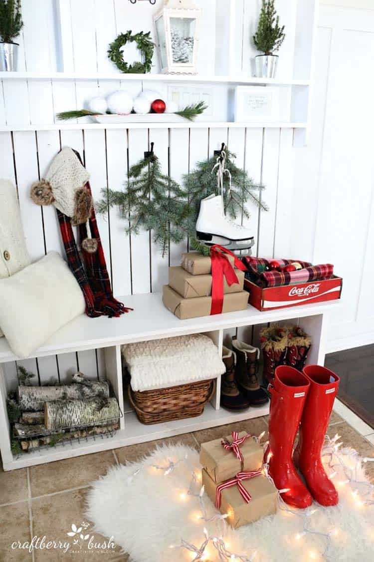 christmas-decorated-entryway-warm-and-cozy