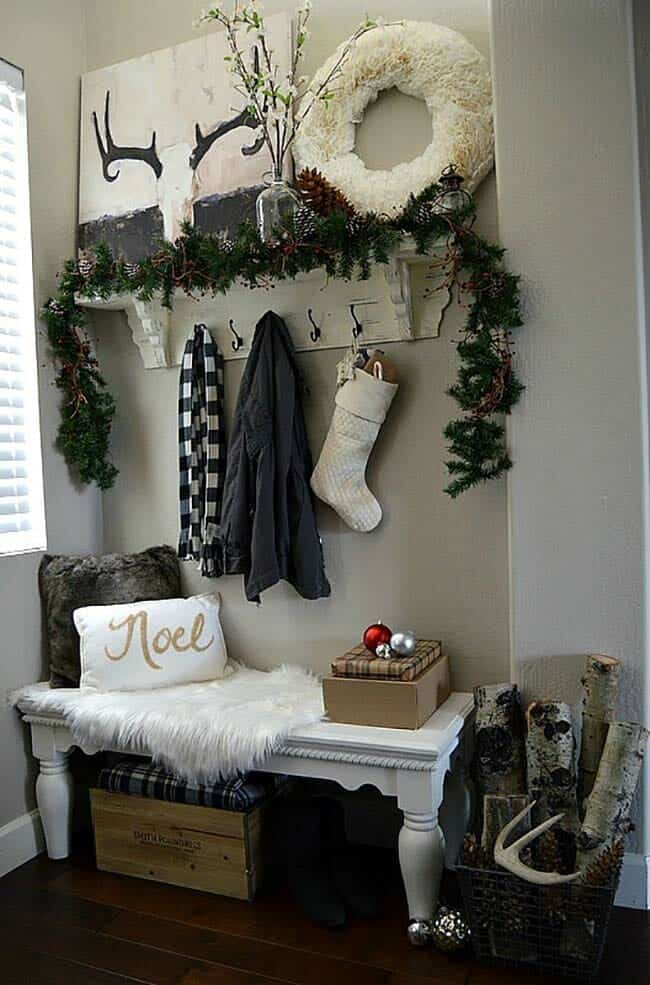 christmas-decorated-entryway-garland-handmade-wreath
