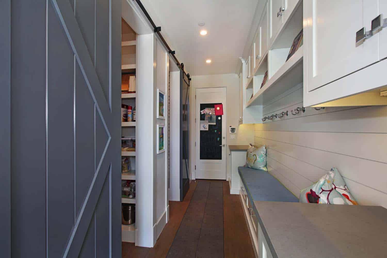 coastal-style-pantry