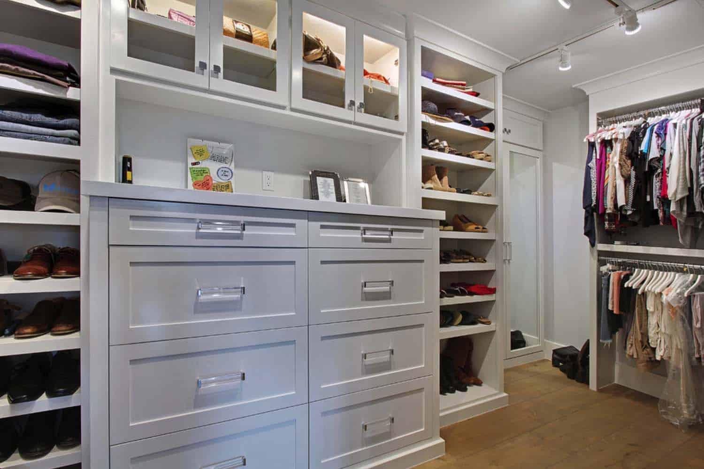 coastal-style-closet