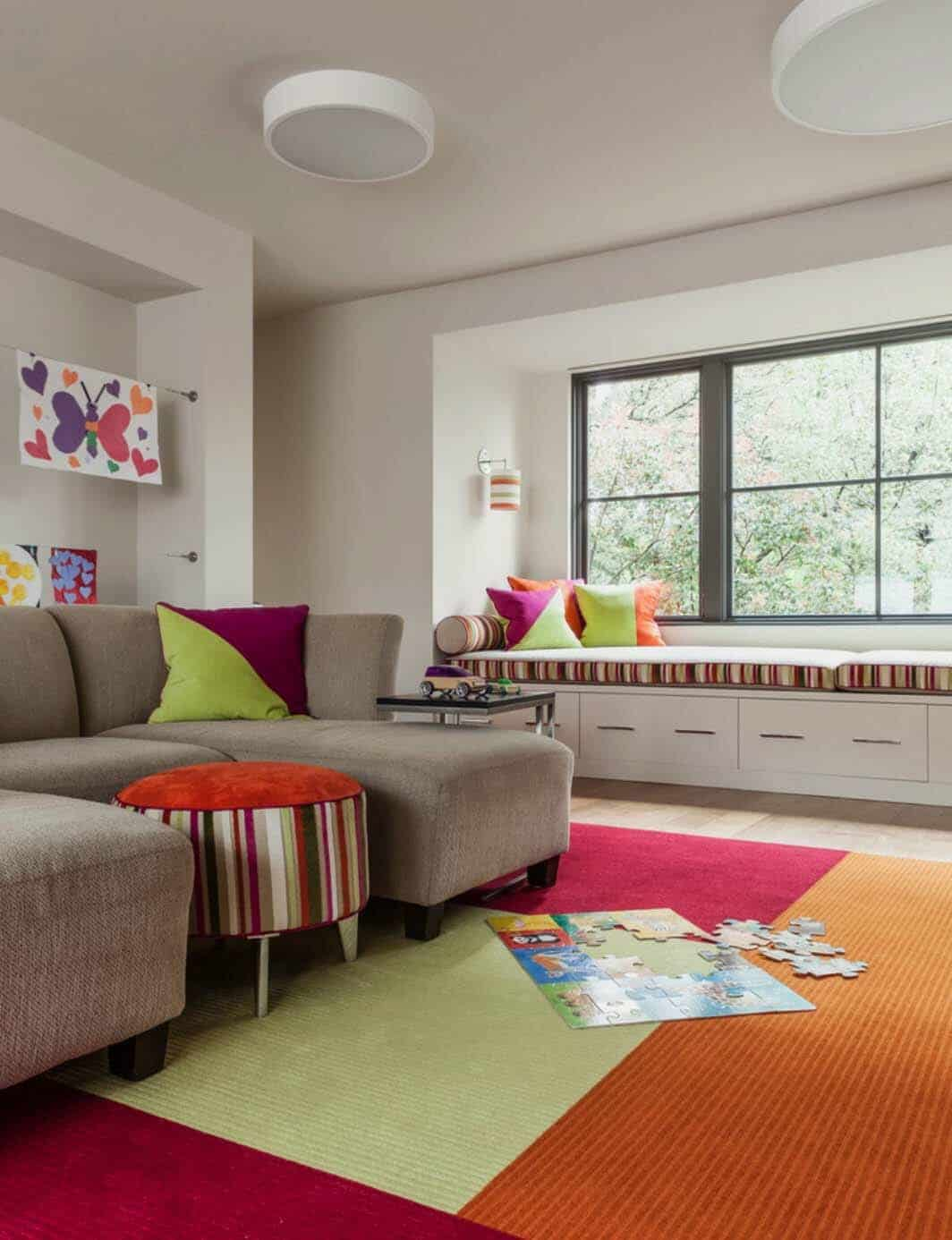 contemporary-courtyard-home-kids-playroom