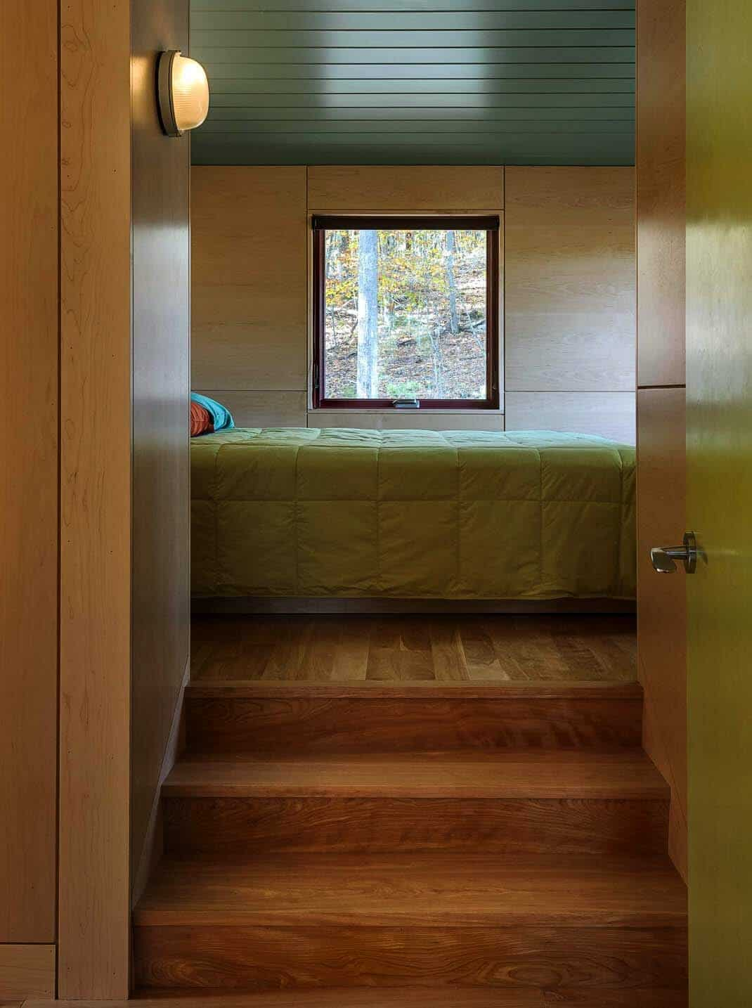 contemporary-guesthouse-bedroom