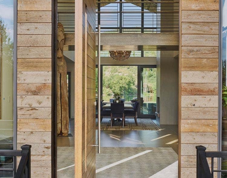 contemporary-lake-house-entry