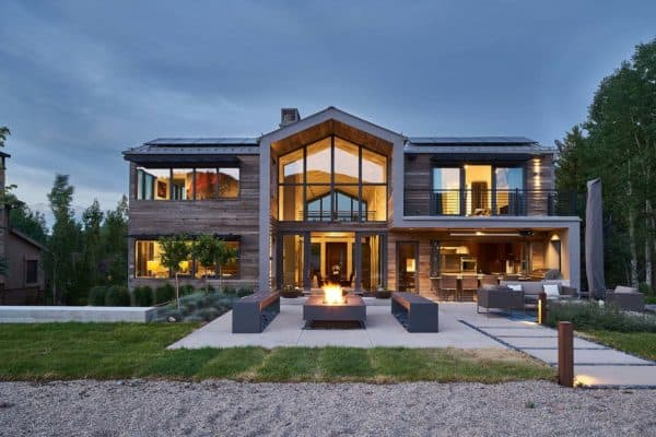 featured posts image for Open and airy home in Utah nestled on peaceful lakeside setting