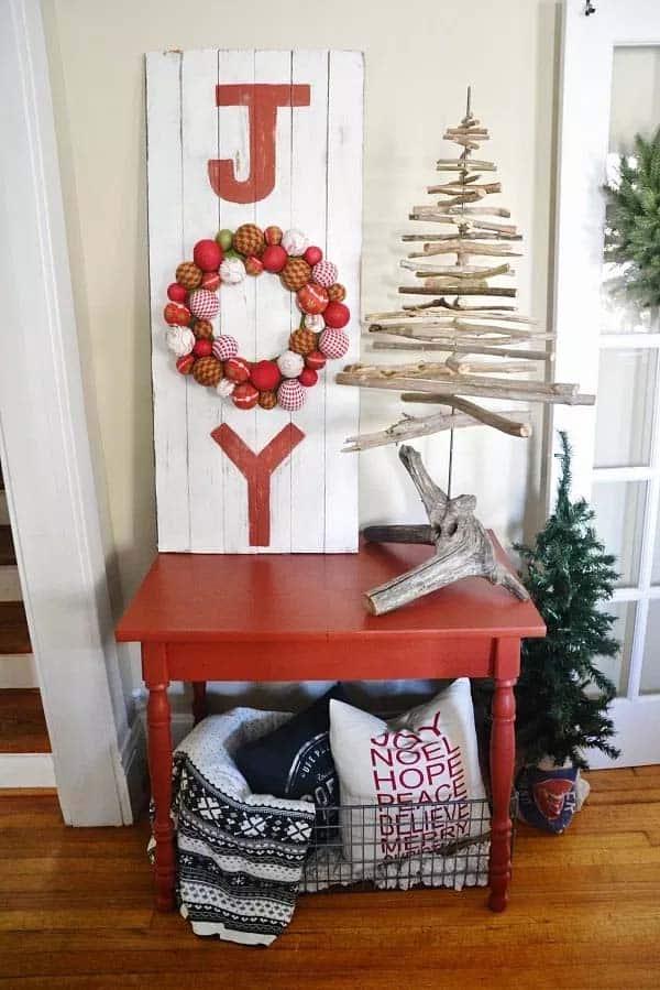 farmhouse-inspired-christmas-decor-diy-joy-sign