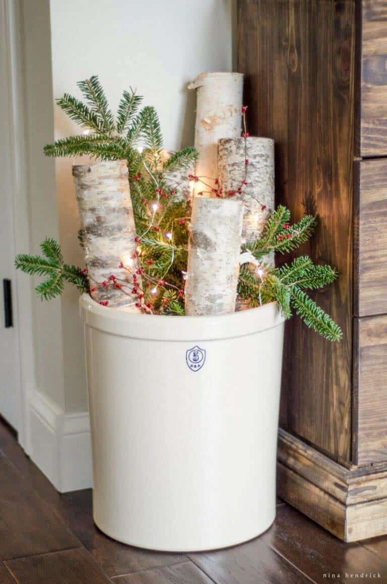 farmhouse-inspired-christmas-decor-birch-logs