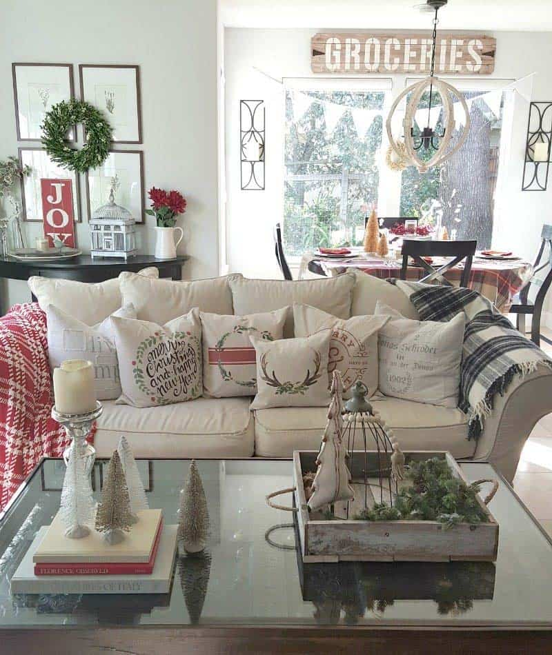 farmhouse-inspired-christmas-decorated-family-room