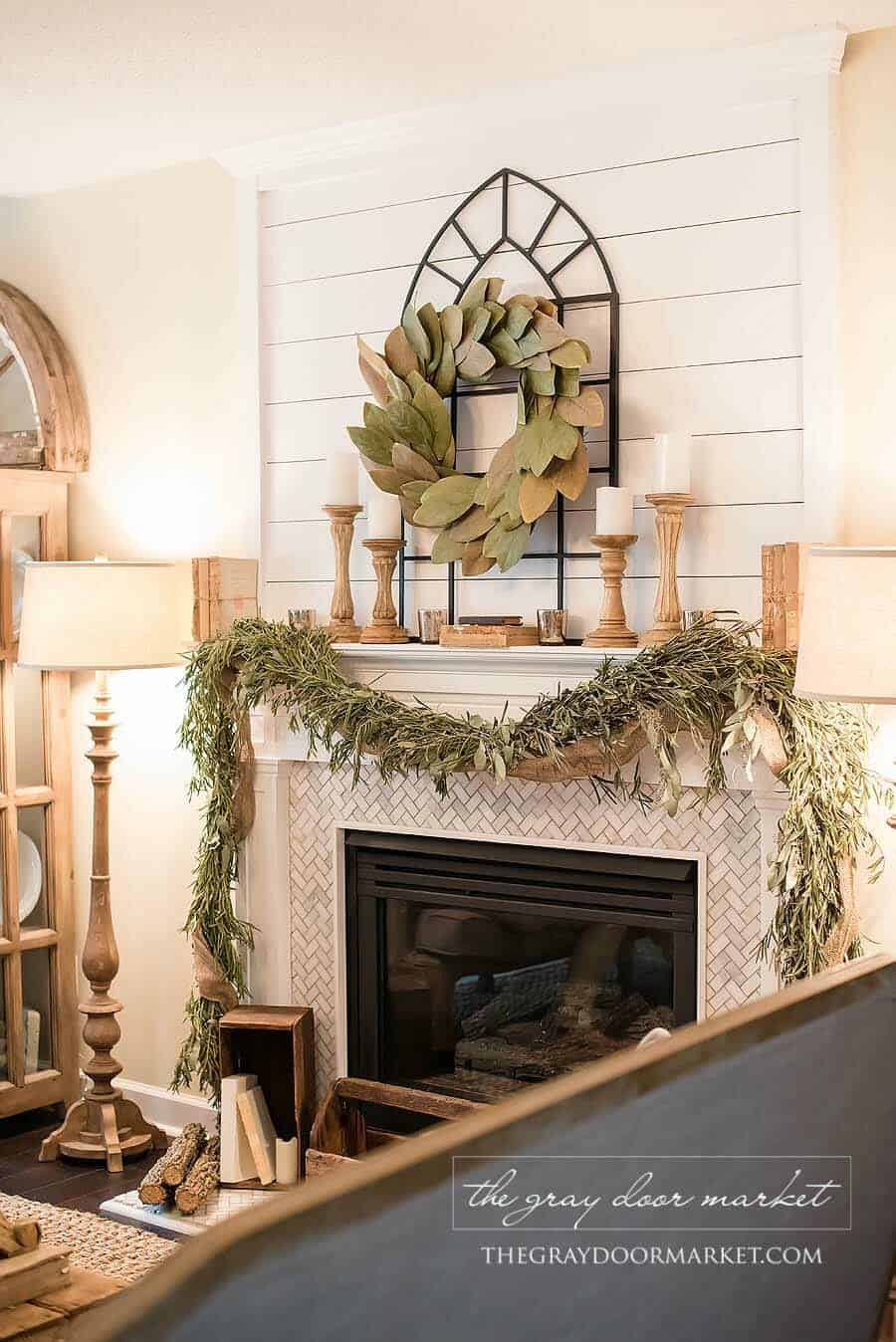 farmhouse-inspired-natural-christmas-decor