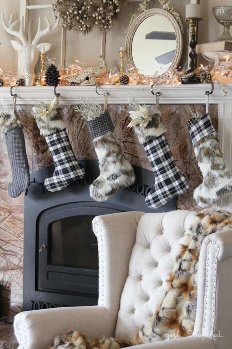 farmhouse-inspired-christmas-decor-diy-fur-flannel-stockings