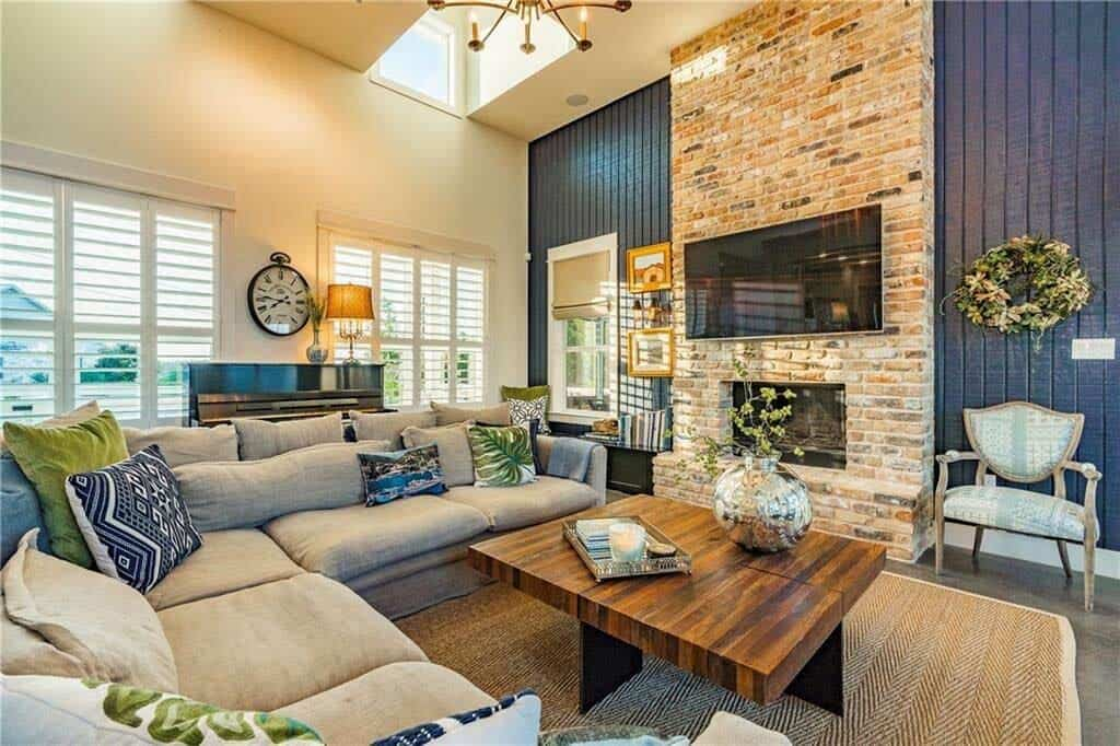 farmhouse-inspired-home-living-room