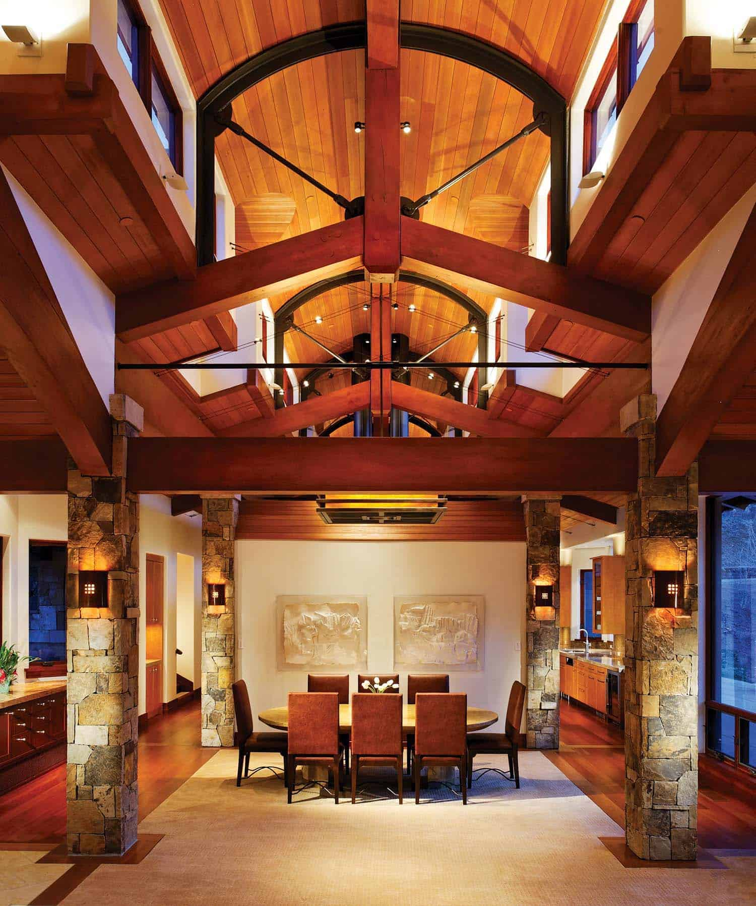 mountain-retreat-traditional-dining-room
