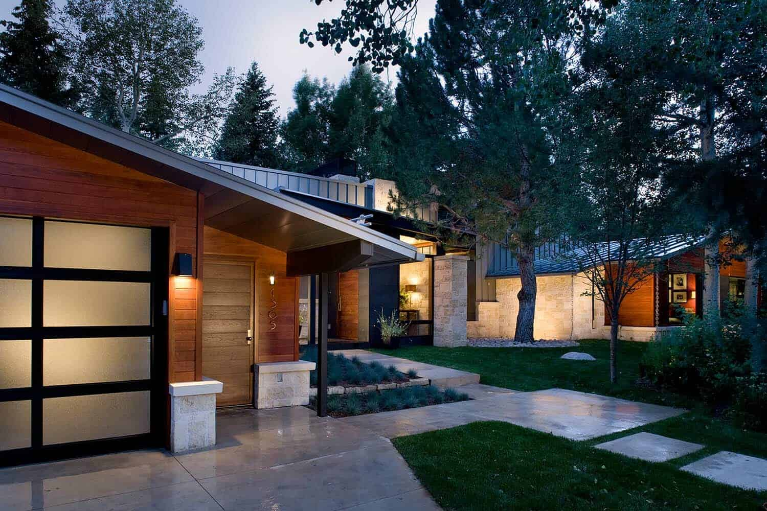 mid-century-ranch-home-exterior