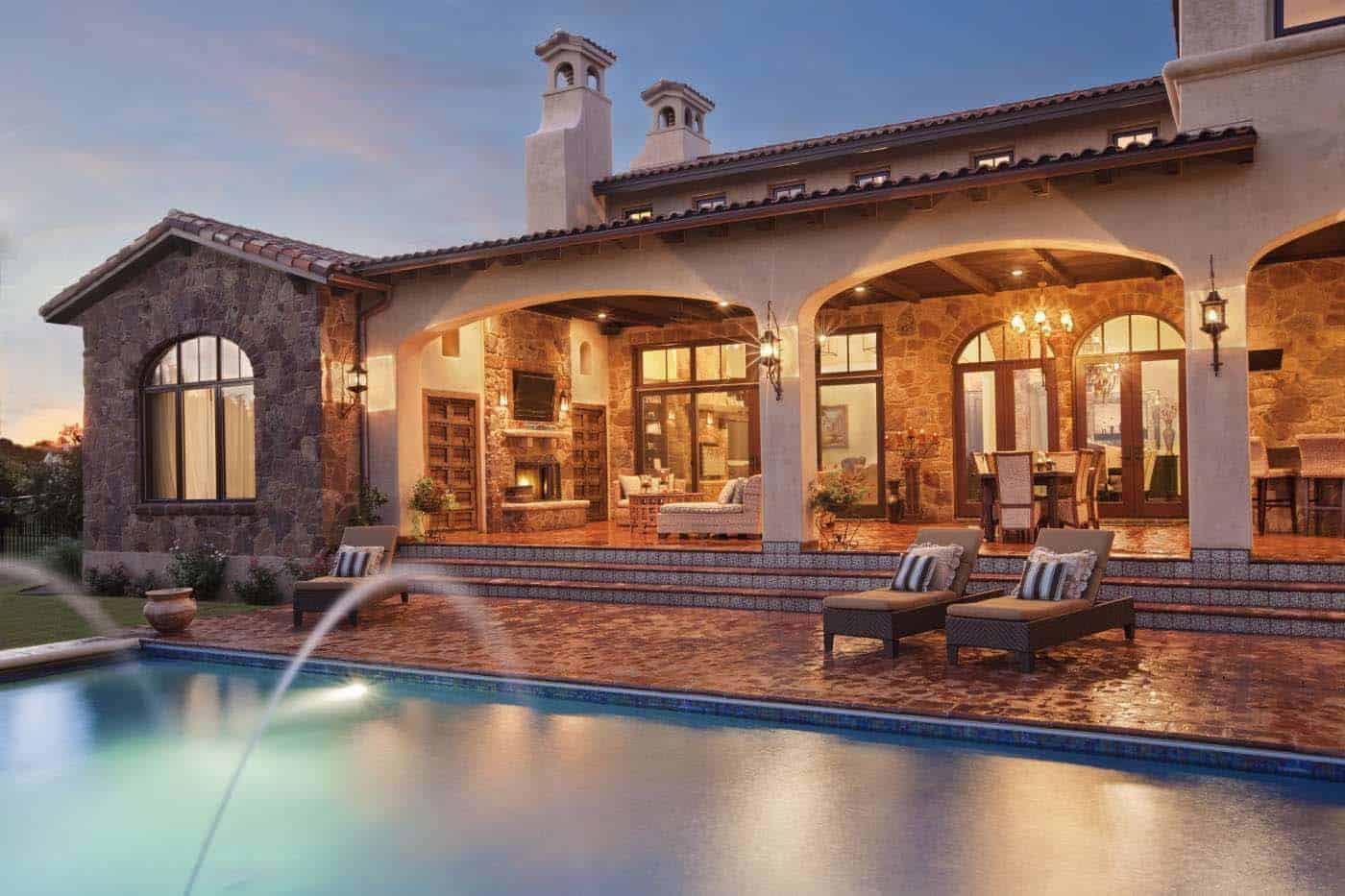 old-world-hacienda-mediterranean-pool