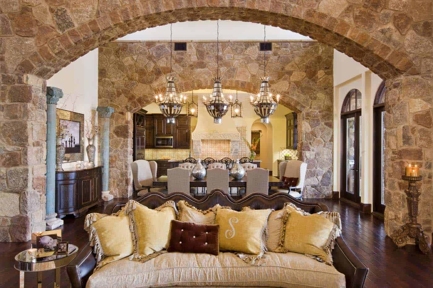 old-world-hacienda-mediterranean-living-room