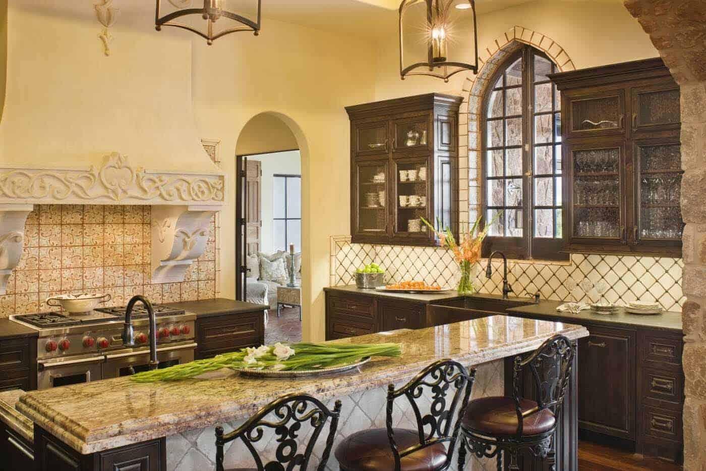 old-world-hacienda-mediterranean-kitchen