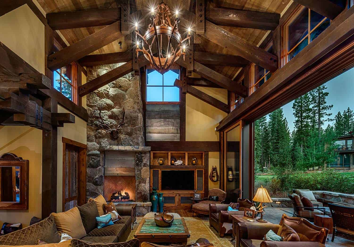 cabin-traditional-living-room
