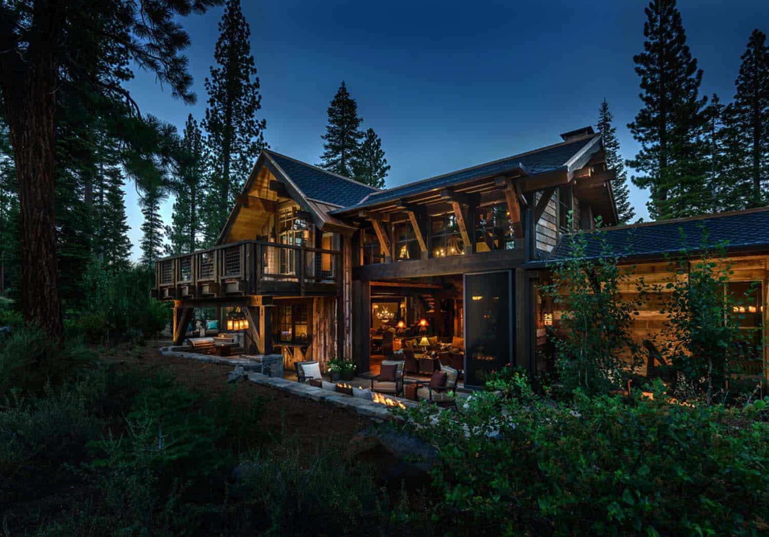 cabin-traditional-exterior