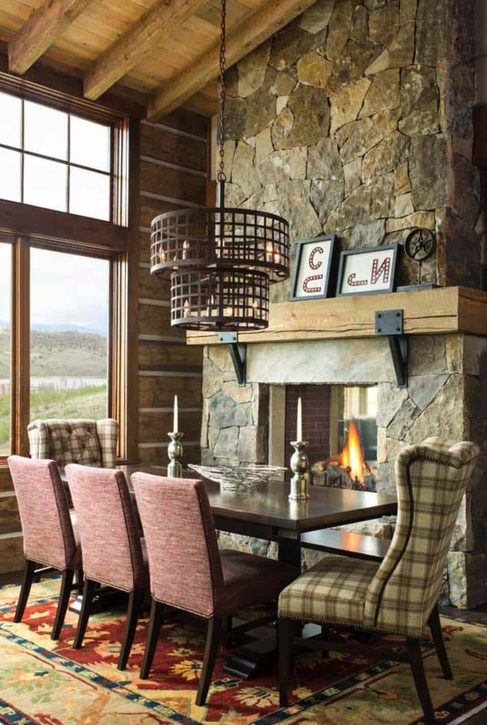 rustic-ranch-style-dining-room