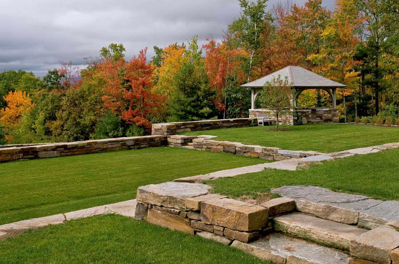 shingle-style-home-landscape