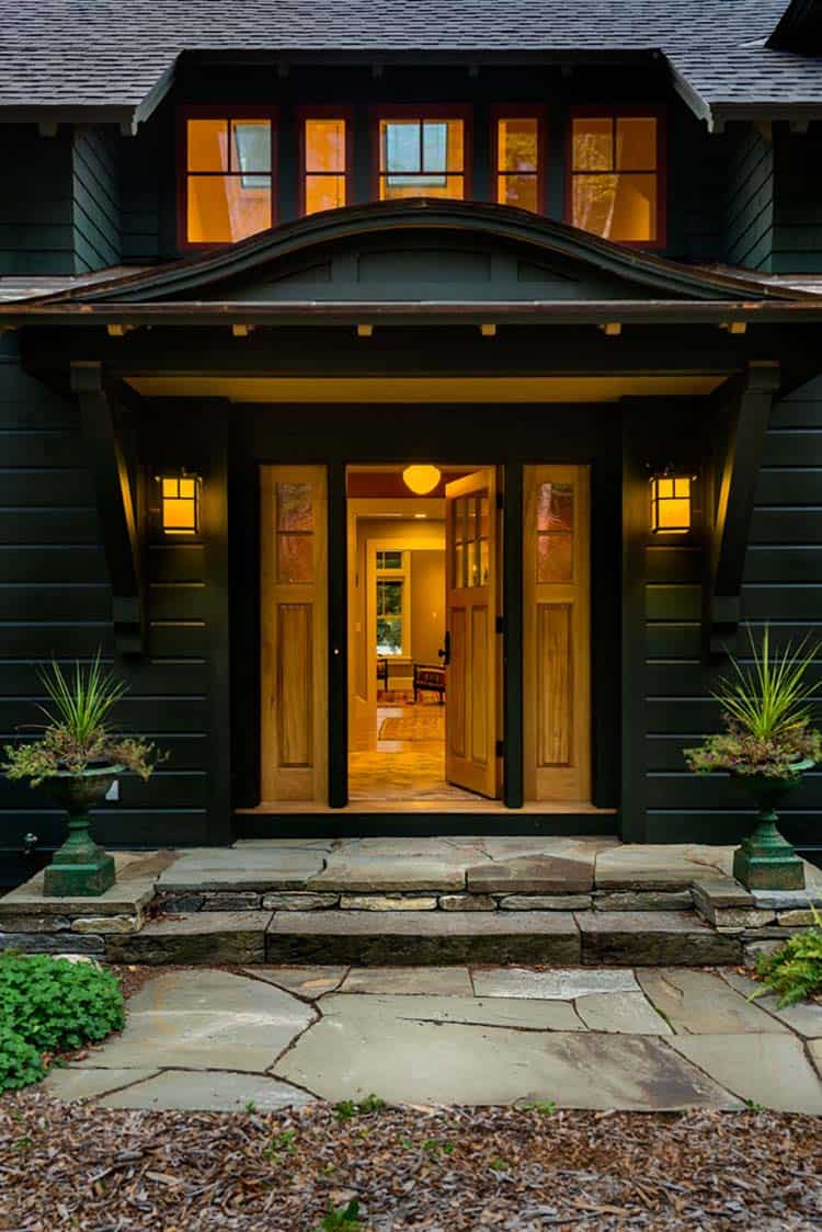lake-house-retreat-traditional-entry