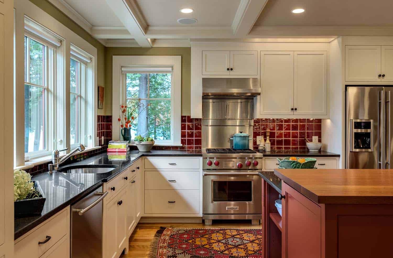 lake-house-retreat-traditional-kitchen