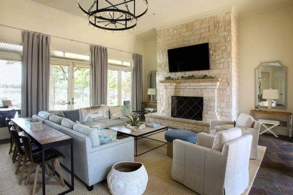 featured posts image for Beautiful family home in Texas showcases fresh and airy interiors
